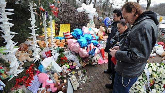 """Sandy Hook Elementary School mourners (Photo credit: http://abcnews.go.com)"""